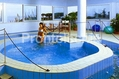 Albergo San Montano - La piscina idromassaggio interna