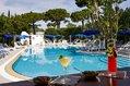 Hotel Hermitage and Park Terme - Il bar sulla piscina