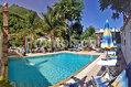 Hotel Magnolia - La piscina esterna con solarium attrezzato