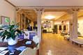 Gli interni eleganti e confortevoli.