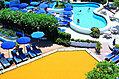 Il giardino con le piscine