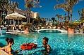 La piscina termale grande temperatura invernale 36� - periodo estivo 33/34�.