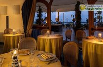 Una cena romantica a lume di candela al Ristorante Il Tufo.