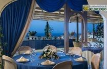Ristorante Il Tufo, con buffet in terrazza.