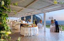 Buffet in terrazza.