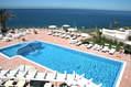 Le piscine termali panoramiche viste dalle camere.
