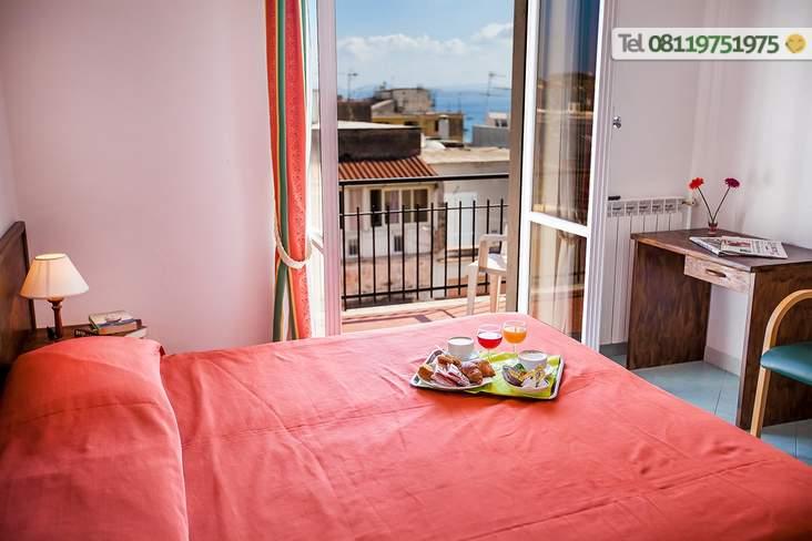 Camera Superior con balcone.