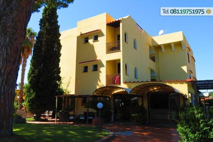 L'ingresso dell'Hotel.