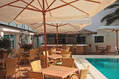 Bar esterno con piscina termale esterna